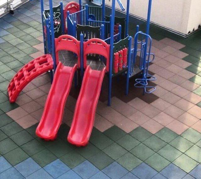 کفپوش زمین بازی کودکان